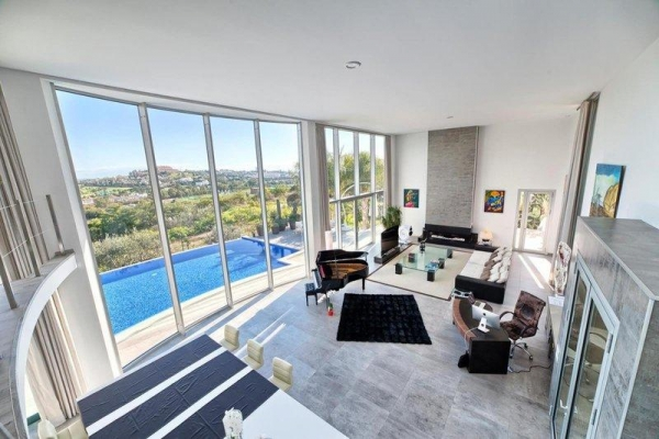 3 Bedroom3, Bathroom Villa For Sale in La Quinta, Benahavis