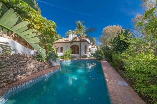 Sold: 3 Bedroom, 3 Bathroom Villa in La Quinta, Benahavis