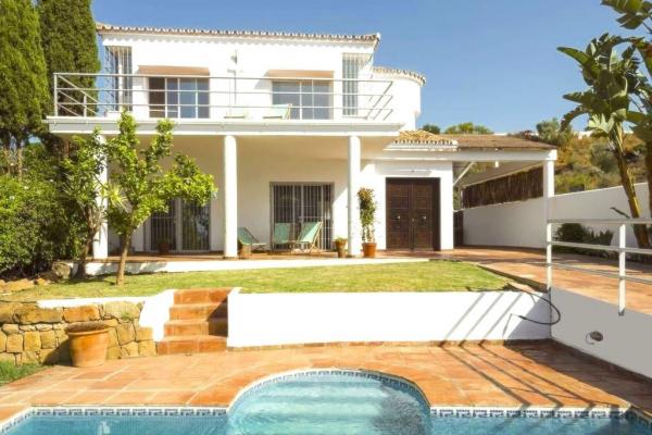 3 Bedroom, 3 Bathroom Villa For Sale in La Quinta, Nueva Andalucia