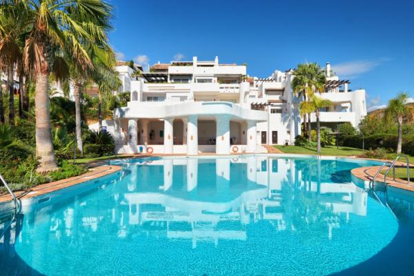 3 Bedroom3, Bathroom Apartment For Sale in Lomas de la Quinta, Benahavis