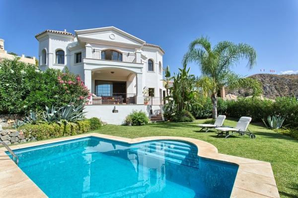 Sold: 4 Bedroom, 4 Bathroom Villa in Lomas de la Quinta, Nueva Andalucia