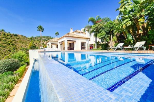 6 Bedroom, 7 Bathroom Villa For Sale in La Quinta, Nueva Andalucia
