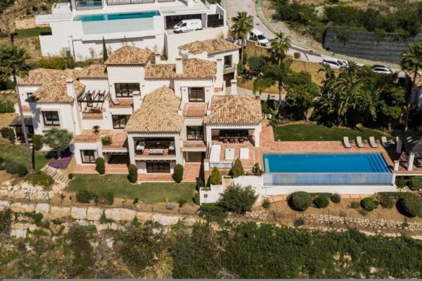 7 Bedroom, 7 Bathroom Villa For Sale in La Quinta, Nueva Andalucia